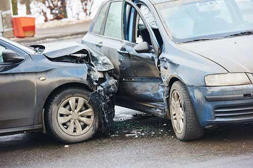 【交通事故】後遺障害と弁護士|慰謝料の弁護士基 …